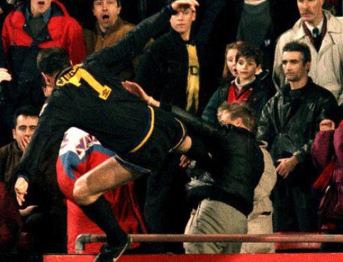 La patada voladora d'Éric Cantona